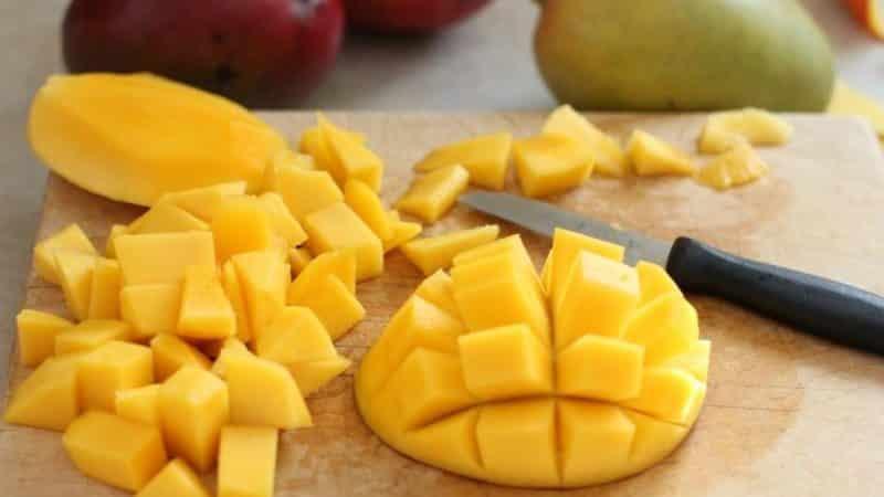 В чем заключается вред и польза манго для организма женщины