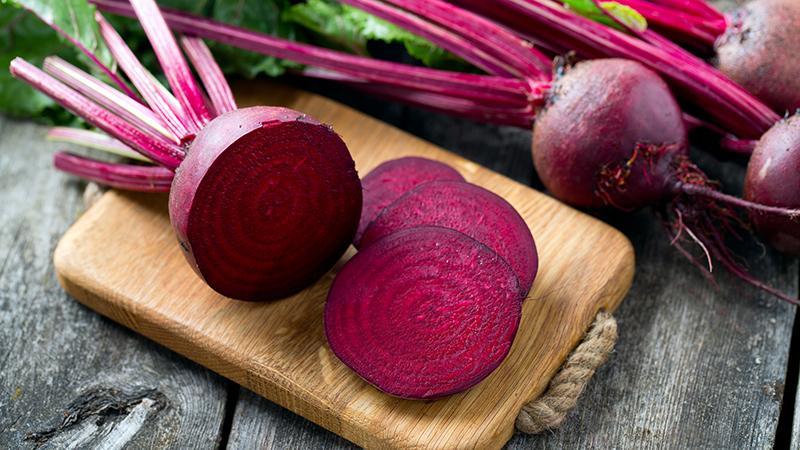 Полезные свойства красной свеклы для мужчин: как и в каком количестве есть корнеплод, чтобы оздоровиться